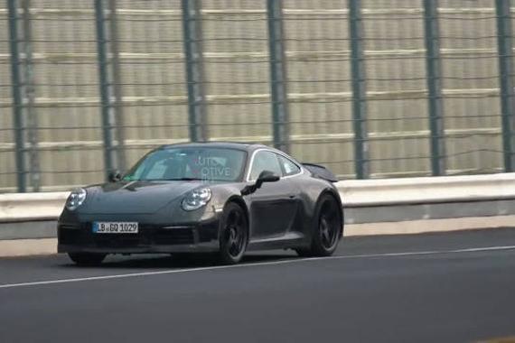 视频:全新保时捷911 GT3 Touring 优雅与性能并存
