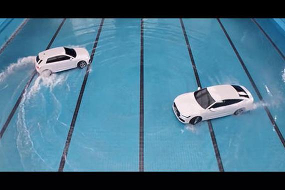 视频:奥迪汽车创意广告:把车开进游泳池!
