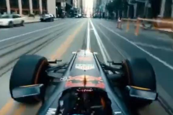 极速美国公路之旅:开着F1穿越旧金山