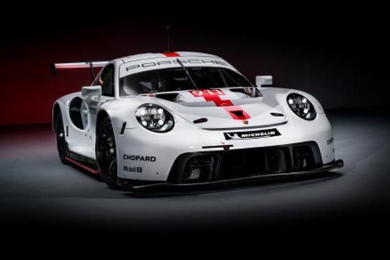 视频:赛道狠角色 2019保时捷 911 RSR