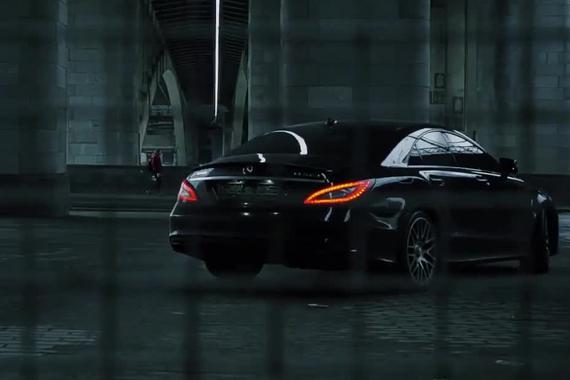 视频:真正的大排量V8 奔驰CLS63 AMG漂移大片