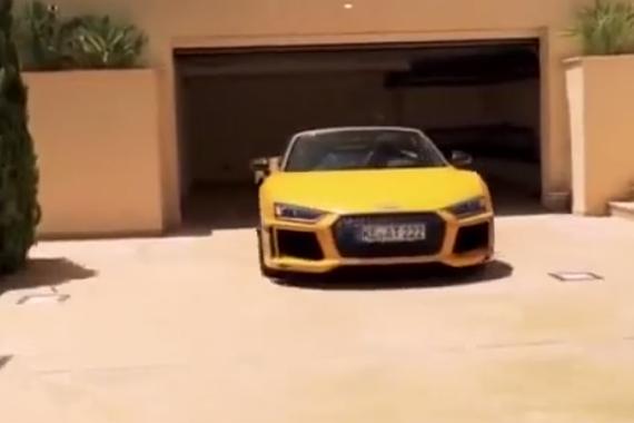 奥迪R8 Spyder Cinematics