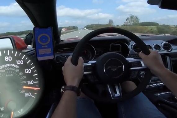 视频:感受极致性能 福特Mustang GT加速测试实录