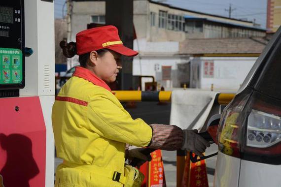 国内油价或迎年内第12次上调