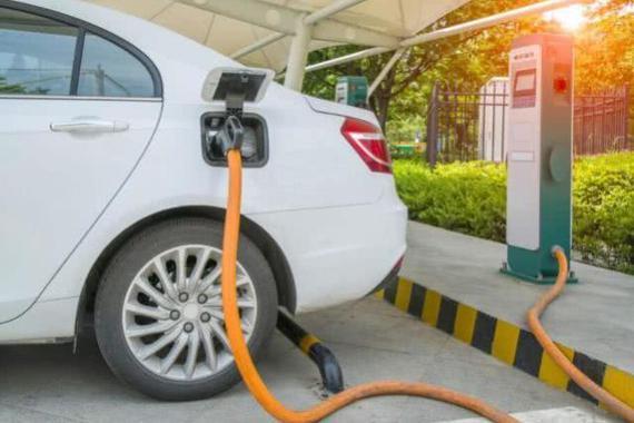 我国新能源汽车今年前9个月进口同比大涨,特斯拉成主力