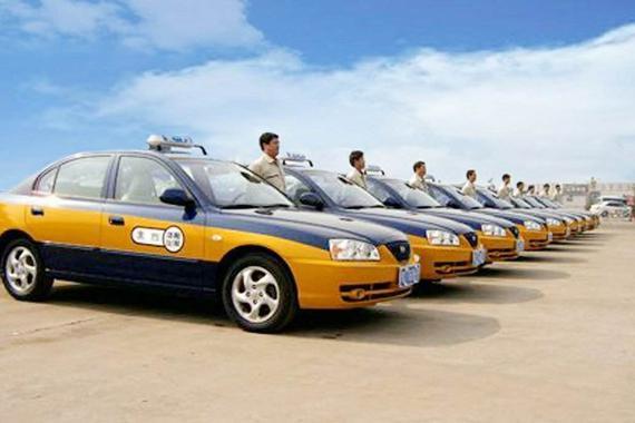 北京市已要求出租车、网约车驾驶员必须全程佩戴口罩