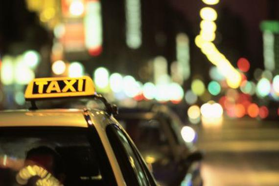 司机损失惨重 多地出帮扶政策鼓励出租车上街载客