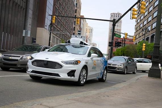 福特将自动驾驶出租车推迟到2022年