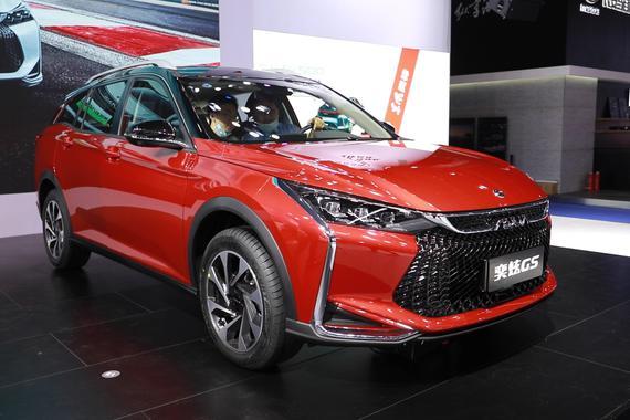 2020重庆车展视频:大空间新平台科技加持 东风风神奕炫GS就问你香不香
