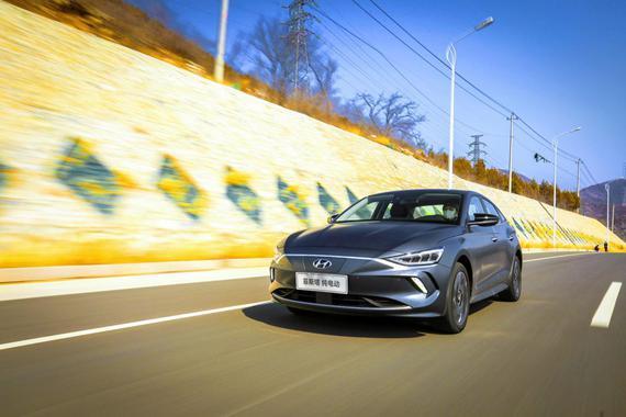 """何为新能源汽车的重点 北京现代""""动力系统""""公开课"""