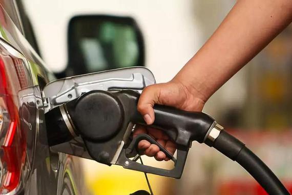 2021年1月16日零时油价上涨 92号汽油6.10元/升左右