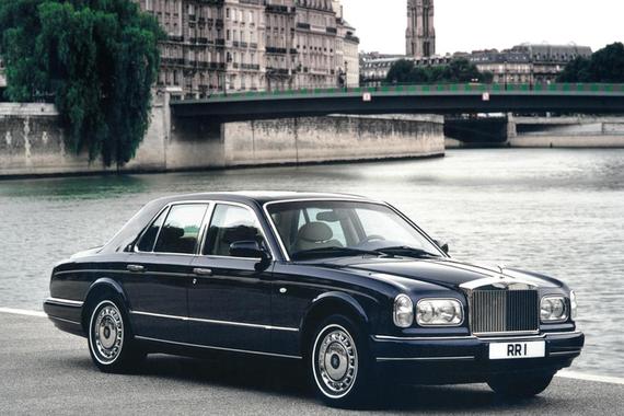 劳斯莱斯计划复兴过去车型名称用于首款EV等新车型