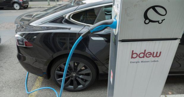 电动车未来10年成本降20%但仍比燃油车贵9%