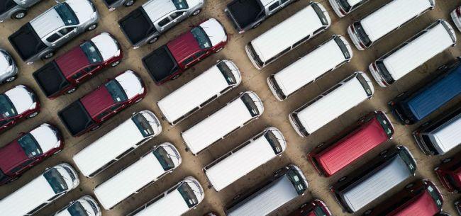 《双积分办法》首次修改:2023年车企新能源积分要占18%