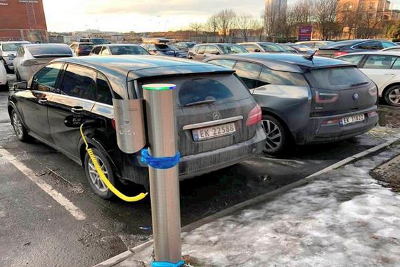 挪威电动汽车销量占总销量的三分之一