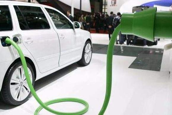 新能源补贴再遭热议 年度最高退坡幅度或达50%?