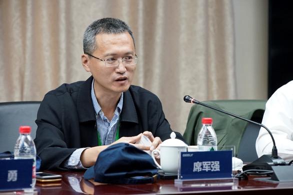 北京理工大学机械与车辆学院副院长 席军强