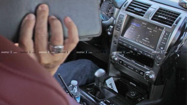 海外版雷克萨斯GX改款车型谍照曝光