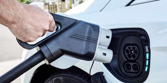 新能源汽车将继续免征购置税至2020年底