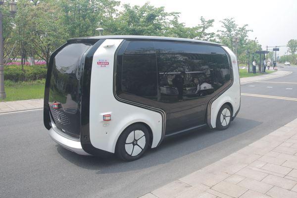自动驾驶商业化前夜: 大规模应用面临三大问题