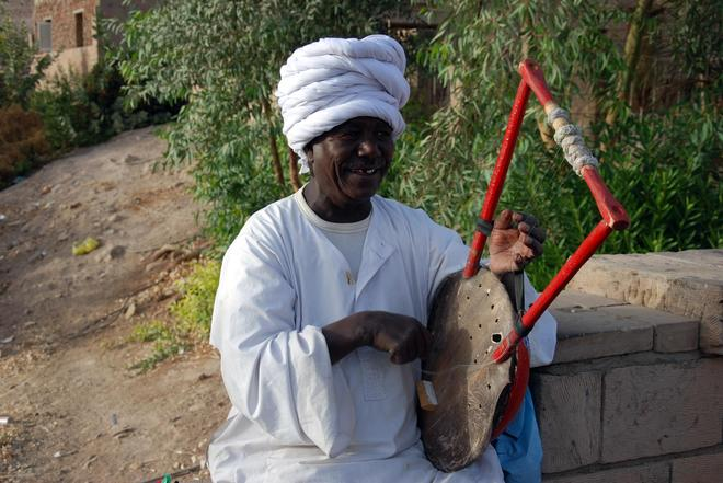 努比亚艺人