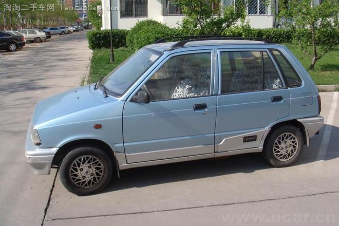 当年南方很多出租车都用这款车,而且当时著名的长安奥拓和江南奥拓估计很多车友都听说过。