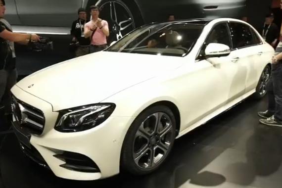 视频:胖哥30秒懂车之北京奔驰全新E级