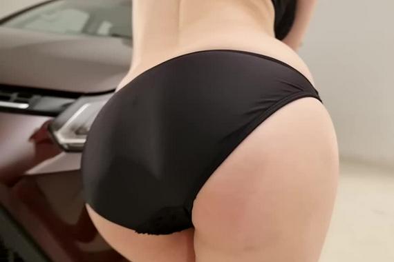 视频:性感酥胸丁字裤!泷泽萝拉报天气