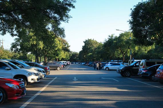 三分钟内轻松掌握超简单的路边停车法则