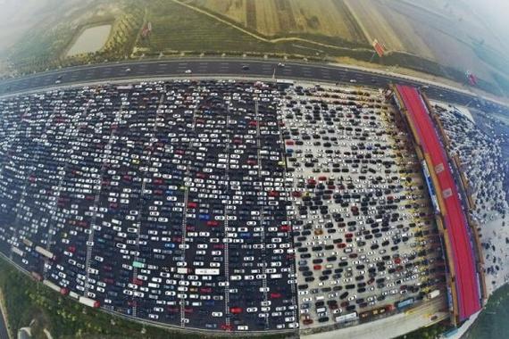 外媒关注北京拟收拥堵费 用车成本远超国际