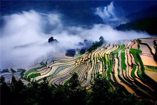 对于贵州旅行你的幻想是?自驾来看看吧!