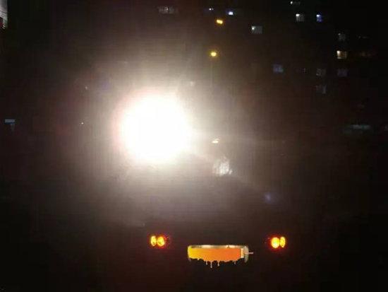 60%司机还不知道 自驾中远光灯该怎么用?