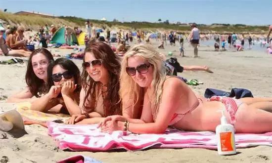 自驾十个最香艳的裸体海滩,美不胜收!