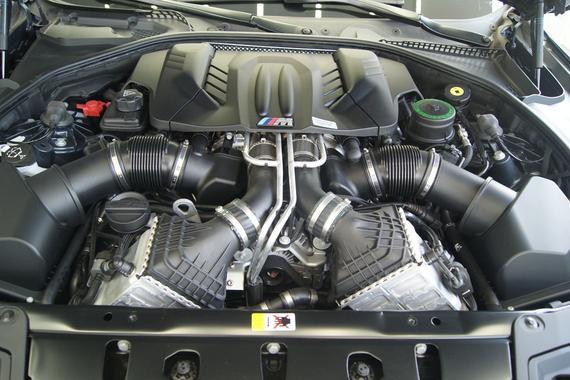 据说捷豹路虎要使用宝马V8,行动起来吧!
