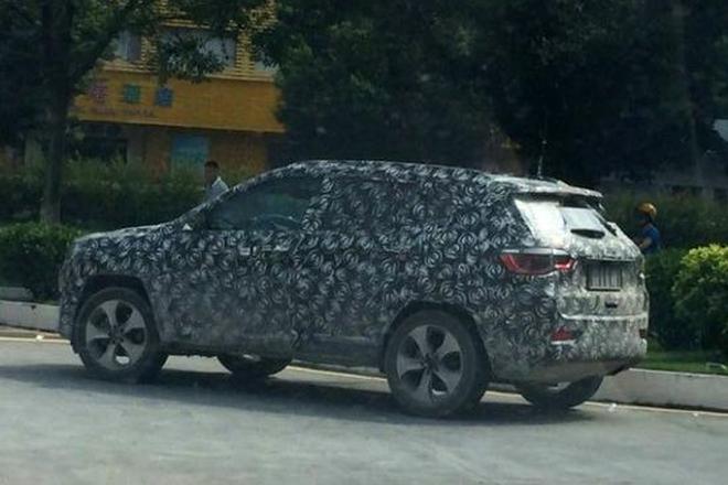 或年底国产 Jeep全新SUV低伪装谍照曝光