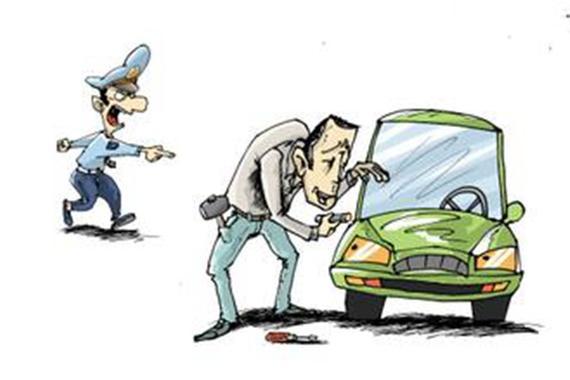 汽车城保安偷二手车被抓 因被朋友嘲笑车太破