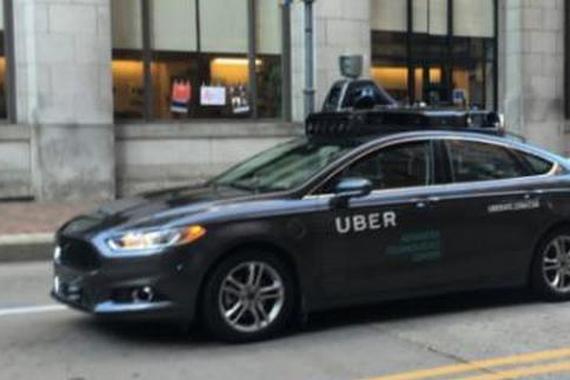 Uber自动驾驶出租车现身 车内配员工
