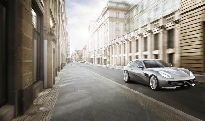 法拉利GTC4Lusso T将于巴黎车展首发