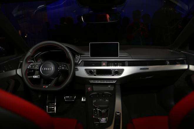 大众之夜:奥迪新一代S5全球首发
