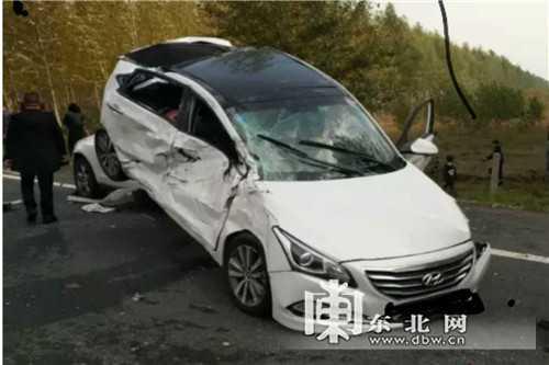 哈大高速连发5起交通事故!11车连撞