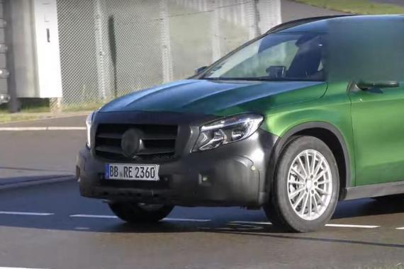 2018款奔驰GLA级谍照曝光 车身更低