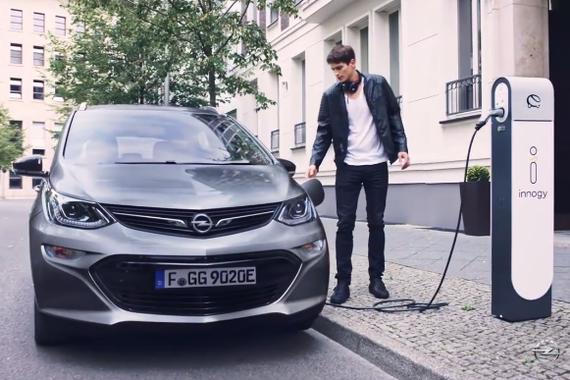 视频:欧宝首款纯电动车Ampera-e