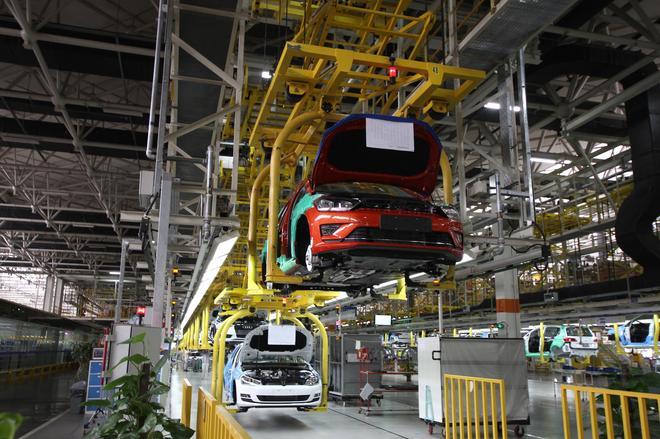 总装车间兼具高效率和高质量