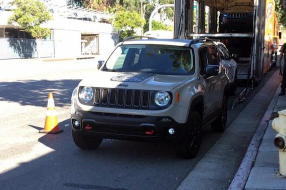 2016洛杉矶车展:Jeep自由侠沙漠鹰版