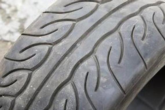 汽车<em>轮胎</em>花纹必须懂的奥秘
