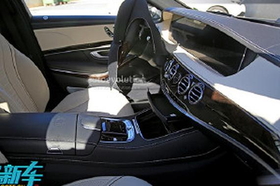 多媒体系统升级 新款奔驰AMG S63内饰谍照曝光