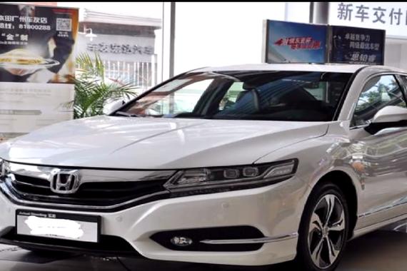视频:本田这轿车 就连思域也得靠边站