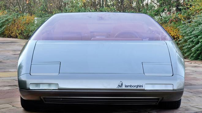 来自未来的太阳神 兰博基尼Athon概念车