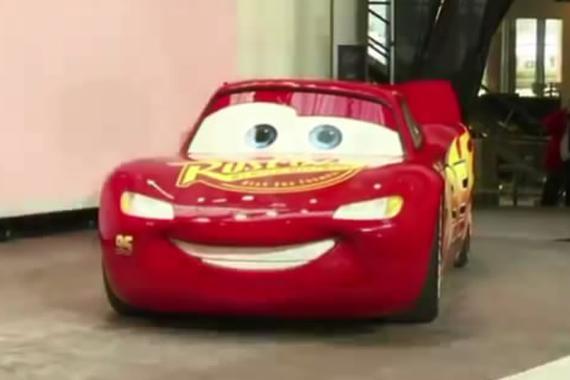 """视频:北美车展之迪斯尼""""闪电""""麦坤"""