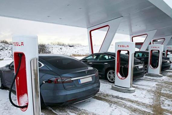 特斯拉充电桩收费会影响纯电动车发展吗?